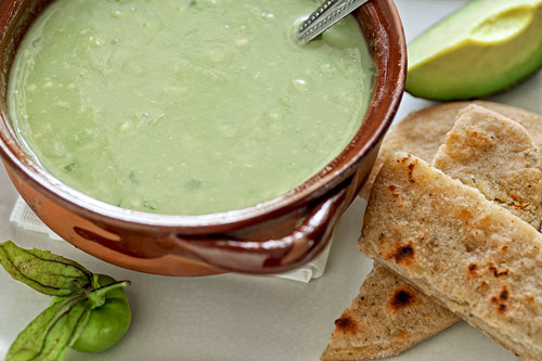 Green Salsa with Avocado accompanied with bread